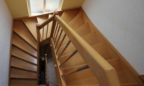 straus_home_treppen